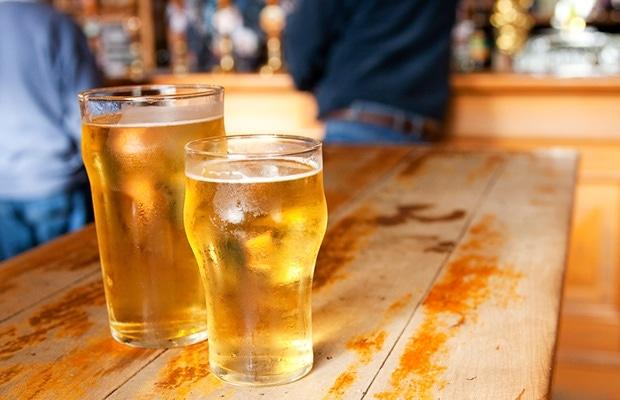 pontos negativos do Álcool para quem busca Hipertrofia Muscular ou Queima de Gordura
