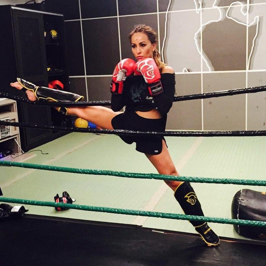 Treino boxe muay thai de Sabrina Sato