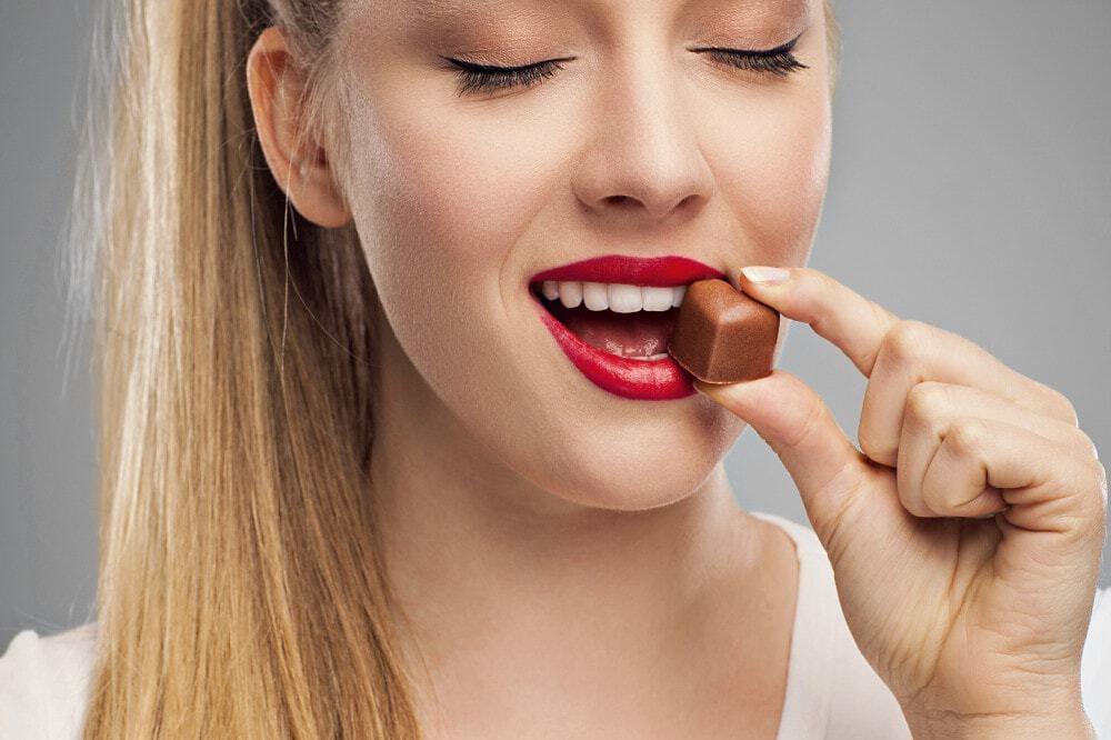 Dicas para reduzir vontade de comer doce depois do almoço