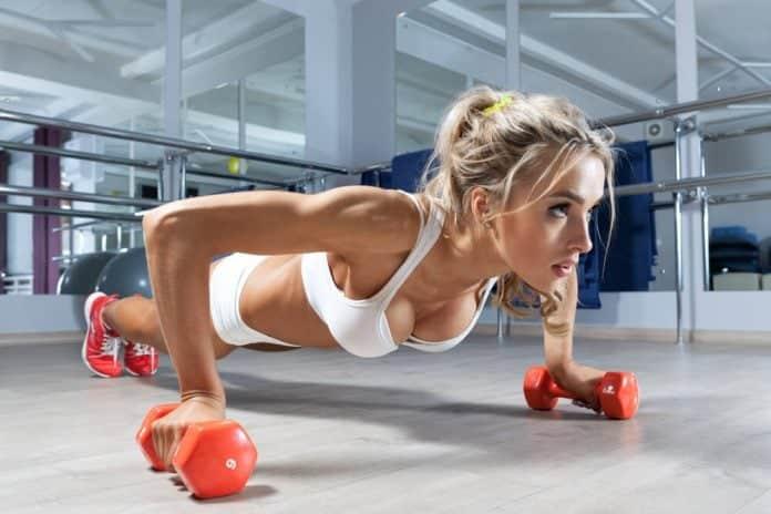Exercícios para Empinar os Seios e deixar seus seios mais firmes
