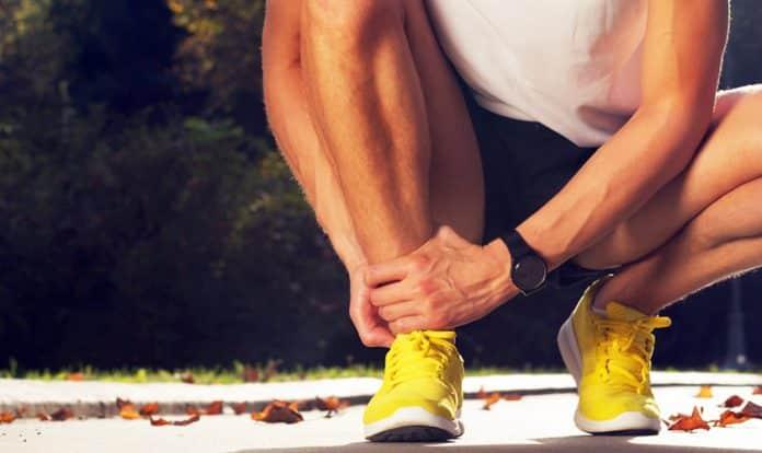 Coágulo de sangue nos sintomas do pé ou tornozelo