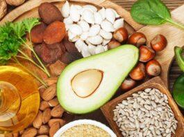 O que é a Vitamina E para que serve função carência excesso alimentos suplementos