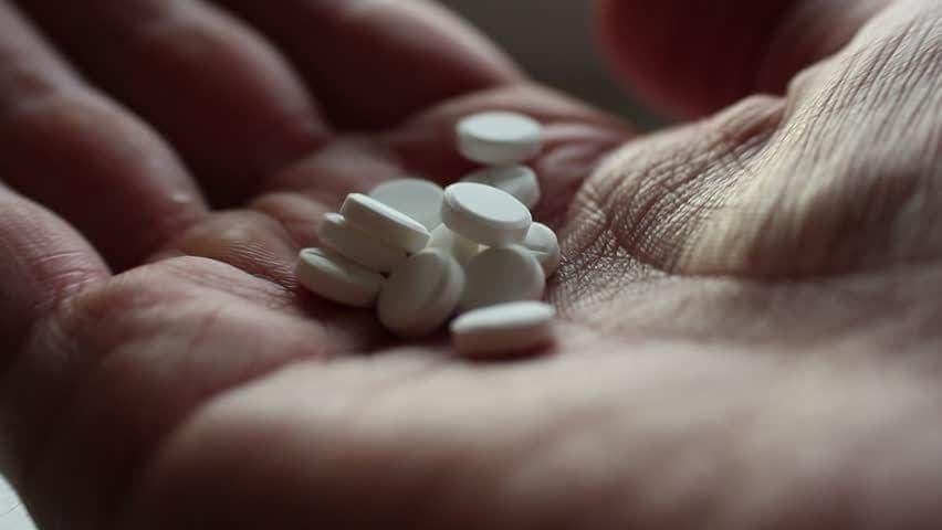 ECA Efedrina Cafeín Aspirina O que é para que serve benefícios colaterais como tomar