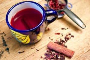 Chá de Hibisco com Canela para Emagrecer