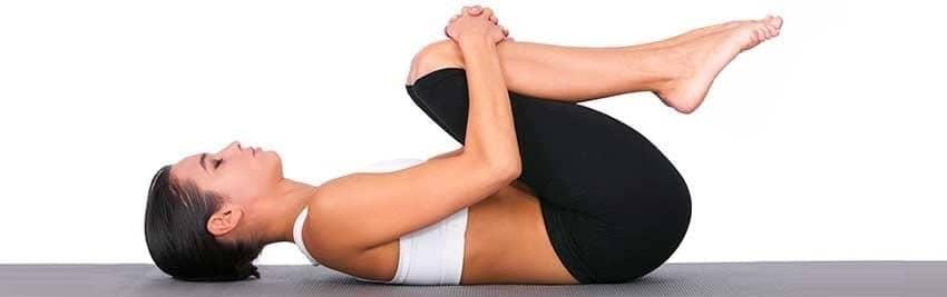 Exercícios para lombar Flexão de Pernas