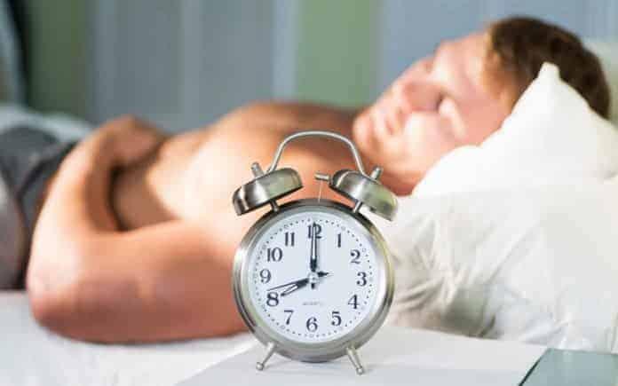 Melatonina (Hormônio do Sono): O que é, para que serve, benefícios, suplementação, ingestão