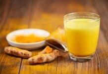 Suco Detox de Curcumina, Limão e Gengibre para Emagrecer