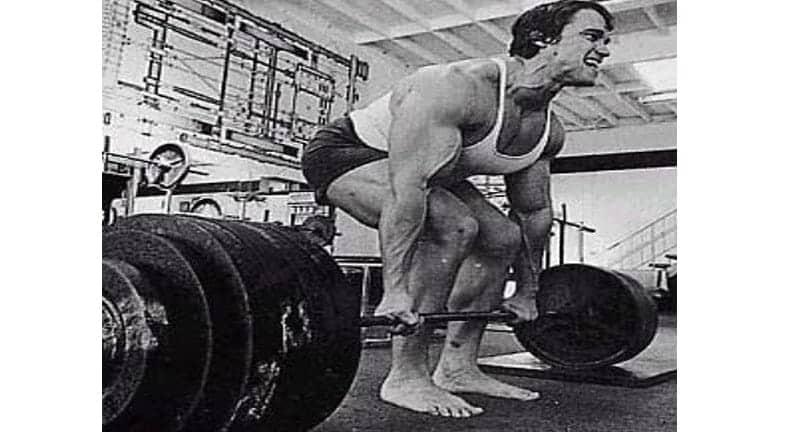 Treino de Costas do Arnold Schwarzenegger Levantamento Terra